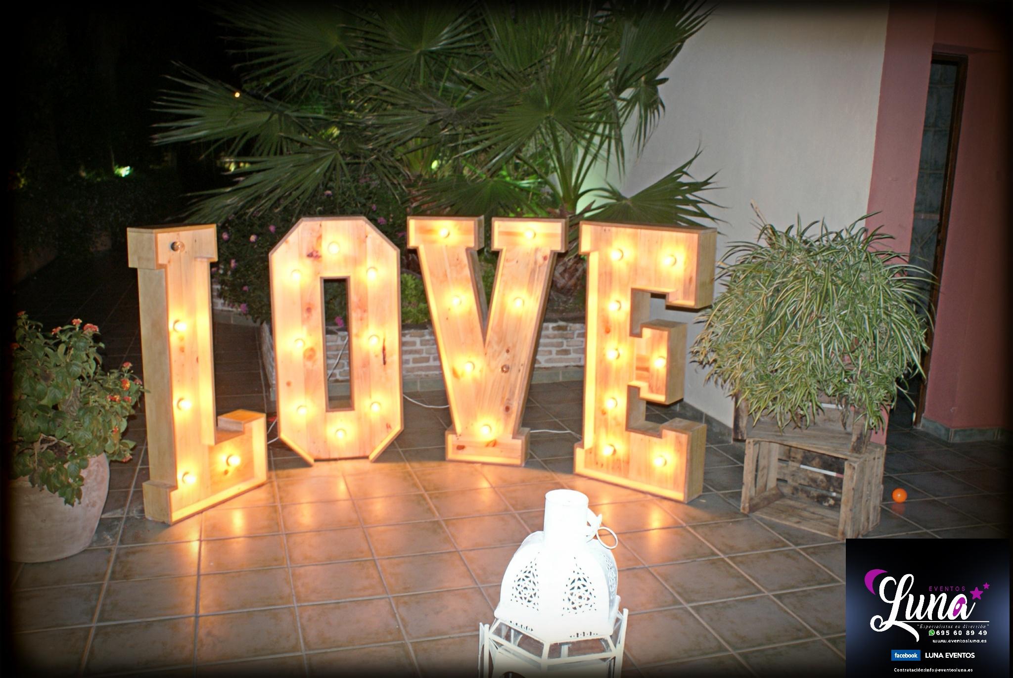 Alquiler de letras love